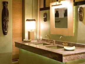 salle de bain prestigieuse de lodge africain