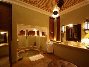 Salle de bain privée du lodge Art Déco