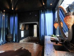 Salle de bain sophistiqué du Lodge balinais
